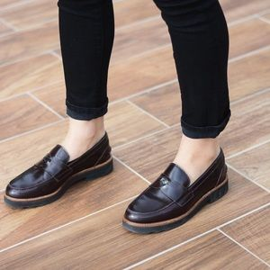 LIKE NEW Coach Leather Loafers